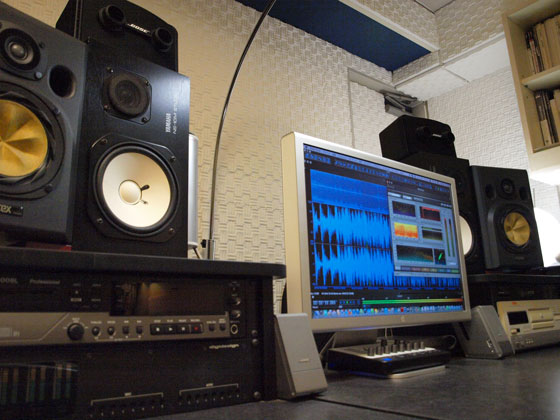 mellowtone studioのデスク